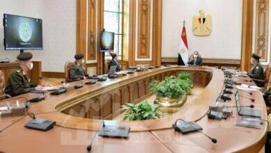 صورة السيسي يستعرض الموقف الإنشائي والهندسي لعدد من مشروعات الهيئة الهندسية على مستوى الجمهورية
