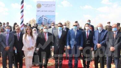صورة وزير التعليم العالي يضع حجر الأساس لجامعة حلوان الأهلية