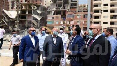 صورة رئيس الوزراء يتفقد مشروع تطوير بحيرة عين الصيرة