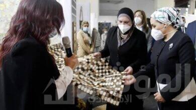 """صورة انتصار السيسى عبرت عن سعادتها بالزيارة لأولي فعاليات معرض """"البازار"""""""