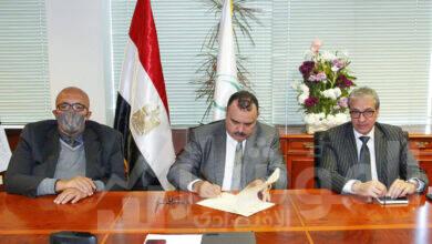 """صورة البريد المصري و """"ميل امريكا"""" يوقعان بروتوكول تعاون في مجال الخدمات اللوجستية والتجارة الالكترونية"""