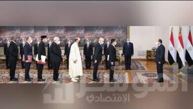 صورة السيسي يتسلم أوراق اعتماد خمسة عشر سفيراً جديداً