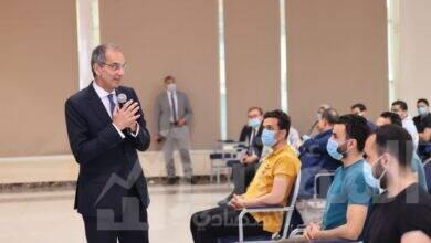 صورة وزير الاتصالات  يلتقى طلبة بُناة مصر الرقمية بمقر المبادرة