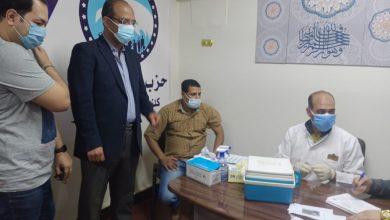 صورة عضو الشيوخ وأمين مساعد مستقبل وطن بأسيوط يشارك في حملة تلقيح المواطنين ضد فيروس كورونا