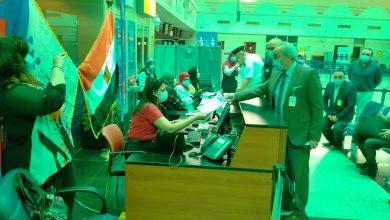 صورة تلقيح العاملين بمطار أسيوط الدولي باللقاح المضاد لفيروس كورونا