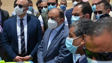 صورة وزير التنمية المحلية ومحافظ بني سويف يتفقدان الموقف التنفيذي للمدفن الصحي بسنور