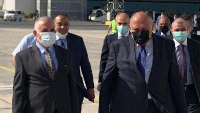 صورة وزير الخارجية ووزير الموارد المائية والري يتوجهان إلى الخرطوم