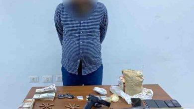 صورة سقوط ذئب الجبال.. ضبط هارب من السجن وبحوزته كميات من المخدرات في جبل أسيوط