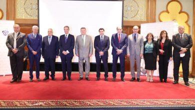 صورة وزير قطاع الأعمال العام يعلن إطلاق الكتالوج الإلكتروني للترويج للمنتجات المصرية في الأسواق العالمية