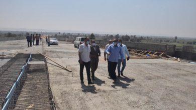 صورة محافظ أسيوط يتابع إنجاز محور ديروط على النيل لسرعة الإنتهاء