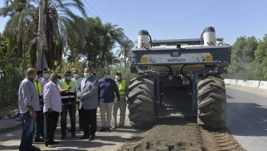 صورة محافظ أسيوط: 805 مليون جنيه اعتماد خطة الرصف لقرى المحافظة