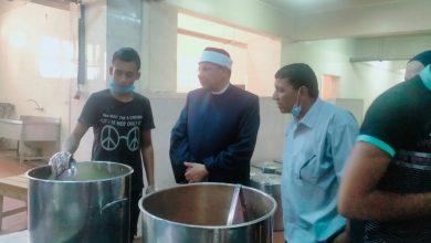 صورة نائب رئيس جامعة الأزهر للوجه القبلي يتفقد مطبخ المدينة الجامعية للطالبات بأسيوط