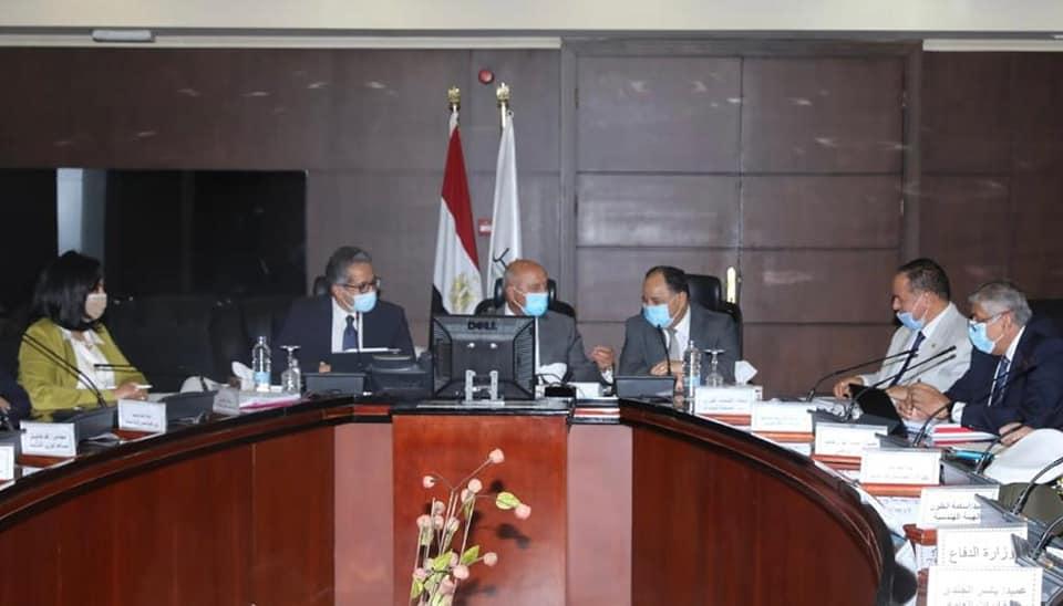 صورة انعقاد الاجتماع الأول للجنة الوزارية الخاصة بتيسير إجراءات سياحة اليخوت في مصر