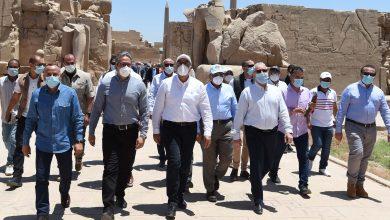 صورة رئيس الوزراء يتفقد أعمال مشروع ترميم طريق الكباش بالأقصر استعدادا لاحتفالية الافتتاح