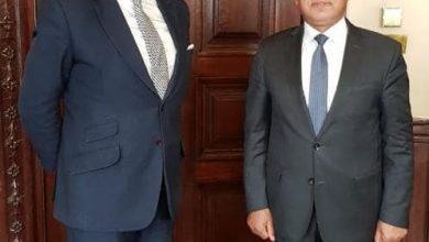 صورة وزير النقل يلتقى وزير الدولة البريطاني لبحث التعاون المشترك في مجالات النقل