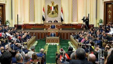 صورة اليوم.. محافظ أسيوط أمام البرلمان للرد على ١٢ طلب إحاطة من النواب