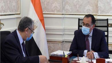 صورة رئيس الوزراء يستعرض مع وزير الكهرباء أعمال اللجنة الدائمة لمتابعة تطور الأداء للمشروعات ذات البعد الاستراتيجي