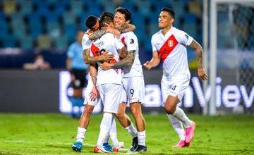 صورة بركلات الحظ.. المنتخب البيروفي يتخطى عقبة الباراجواي في كوبا أمريكا