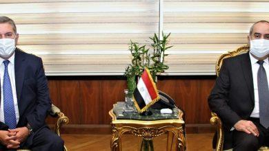 صورة وزيرا قطاع الأعمال والطيران يبحثان الخطوات النهائية لتنفيذ مشروع رأس جميلة بشرم الشيخ