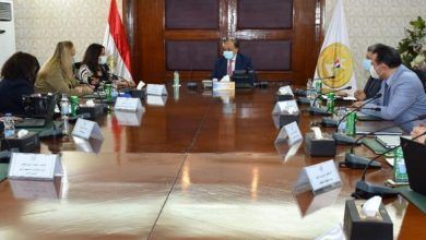 صورة شعراوى يبحث مع البنك الدولي الإسراع ببرامج عمل تنفيذ مشروع إدارة تحسين جودة الهواء بالقاهرة الكبرى