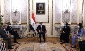 """صورة رئيس الوزراء يستقبل نائب رئيس شركة """"لوريال"""" لمناطق جنوب آسيا والشرق الأوسط وشمال أفريقيا"""
