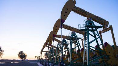 صورة خاما النفط يهبطان بـ1% بعد إظهار بيانات ارتفاعًا في مخزونات الخام والوقود الأمريكية