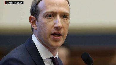 صورة مارك زوكربيرغ يخسر أكثر من 6 مليارات دولار بسبب عطل فيسبوك.. وهذا ما دعا إليه البيت الأبيض