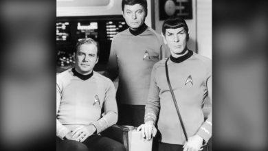 صورة أخيرًا وبعمر 90 عامًا.. الكابتن كيرك يحلق فعليًا إلى الفضاء