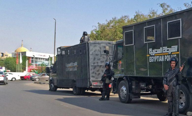 مصر:-مقتل-ضابطي-شرطة-في-تبادل-لإطلاق-النار-مع-متهم.-والنيابة-تأمر-بالتحقيق