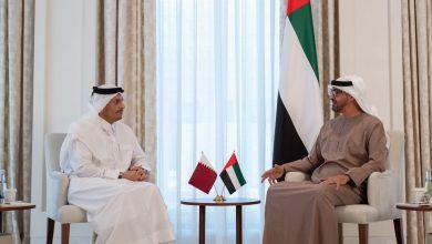 صورة محمد بن زايد يستقبل وزير خارجية قطر