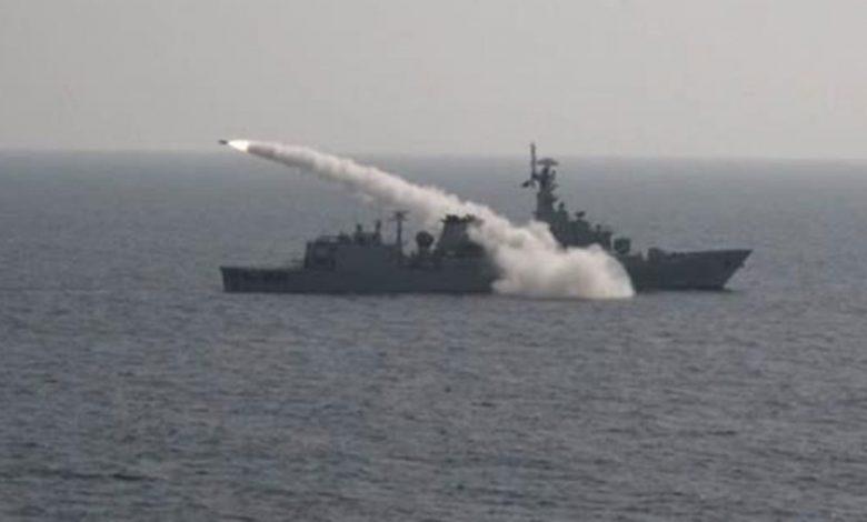 بالصور.-البحرية-السعودية-تنفذ-رماية-بالصواريخ-على-أهداف-بحرية-بتمرين