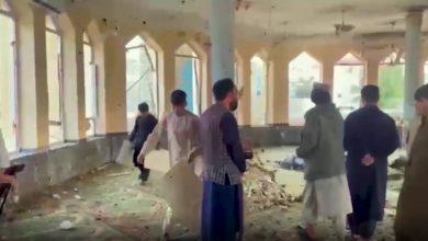 صورة بعد مقتل عشرات المصلين في مسجد بأفغانستان.. هل يهدد داعش حكم طالبان؟