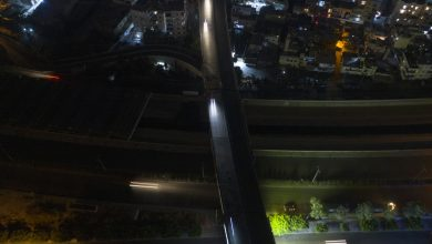 """صورة لبنان: عودة """"كهرباء الحكومة"""" لساعتين فقط.. وصور وزير الطاقة على الشاطىء تثير ضجة"""