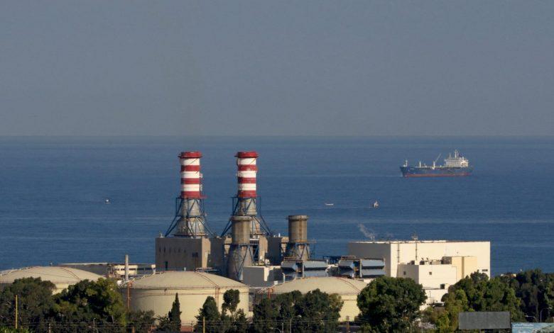 لبنان:-اشتعال-حريق-هائل-في-أحد-خزانات-الوقود-بمنشآت-الزهراني
