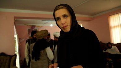 صورة طالبان تسيطر على النظام القضائي بأفغانستان.. مراسلة CNN تُظهر كيف تبدو عدالتهم