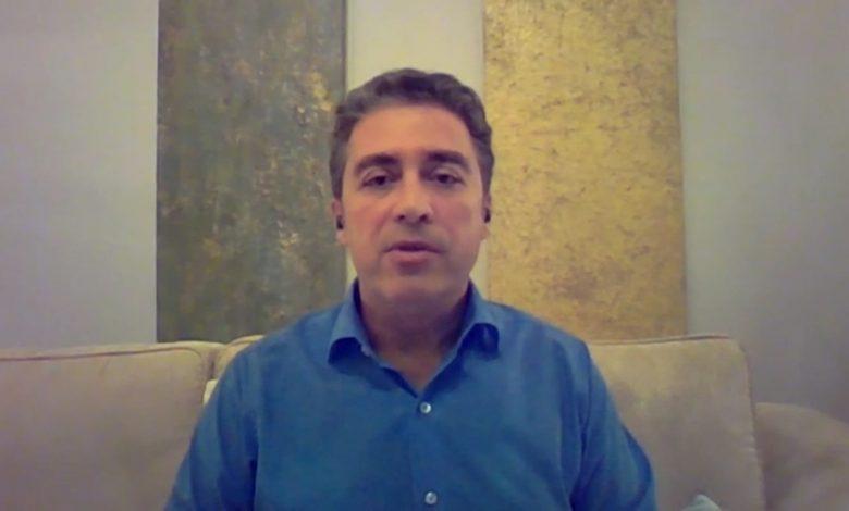 نجل-أمريكي-معتقل-بإيران:-حالة-والدي-الصحية-مُلحّة.-ونحن-بائسون-جدًا