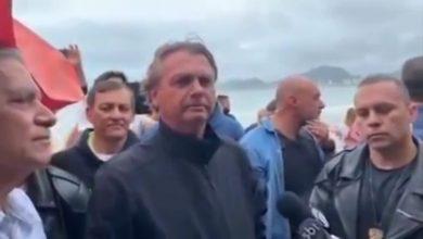 صورة الرئيس البرازيلي للصحفيين: لا تزعجوني بأسئلتكم حول وفيات كورونا