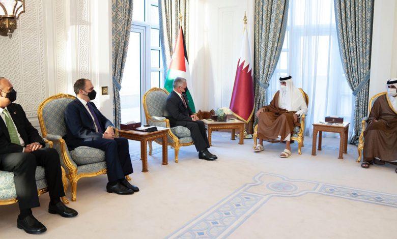 أمير-قطر-يستقبل-ملك-الأردن-ويبحثان-العلاقات-الثنائية-والقضايا-الإقليمية