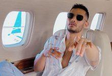 """صورة محمد رمضان في مغامرة جديدة على متن طائرته الخاصة: """"المضيفة الفرفوشة رزق"""""""