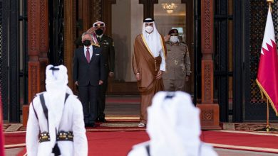 صورة تداول فيديو أمير قطر وملك الأردن بأحد المطاعم بالدوحة