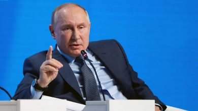 صورة بعد اتهام موسكو بتسهيل رفع أسعار الغاز.. بوتين: روسيا لا تستخدم الطاقة كسلاح