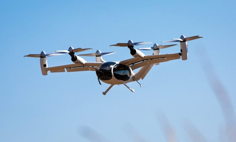 بسرعة-تصل-إلى-320-كيلومتر-في-الساعة.-هذه-المروحية-الكهربائية-قد-تكون-مستقبل-النقل