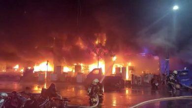 صورة شاهد.. 46 قتيلاً على الأقل في حريق بمبنى جنوب تايوان