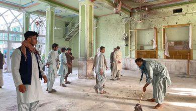 صورة ارتفاع حصيلة قتلى انفجارات مسجد شيعي في قندهار إلى 32 مع 68 جريحًا
