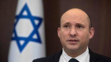 صورة رئيس الوزراء الإسرائيلي: آمل أن يتخلص اللبنانيون والعراقيون من قبضة الحرس الثوري