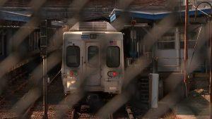 في-واقعة-صادمة.-أمريكي-يغتصب-امرأة-على-متن-قطار-والركاب-لم-يتدخلوا