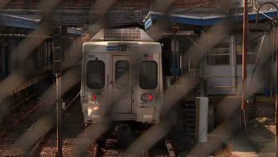 صورة في واقعة صادمة.. أمريكي يغتصب امرأة على متن قطار والركاب لم يتدخلوا