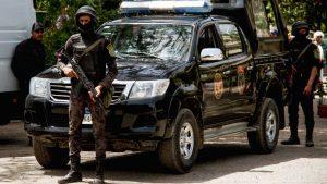 سرقة-هاتف-صحفي-أثناء-بث-مباشر-في-مصر.-والداخلية-تكشف-الملابسات