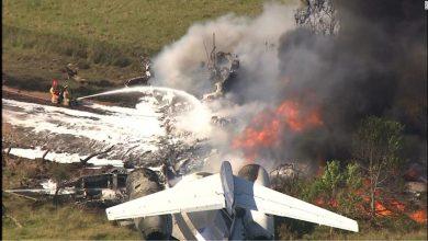 صورة نجاة جميع الركاب بأعجوبة من حادث تحطم طائرة في ولاية تكساس