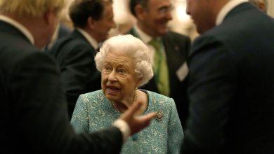 """صورة ألغت زيارة إلى إيرلندا الشمالية.. توصية طبية للملكة إليزابيث بضرورة """"أخذ راحة"""""""